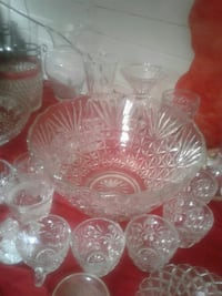 punch bowl cut glass crystal 12 cups  New Orleans, 70114