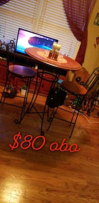 Dinning room tabel and chairs 80 obo Tuscaloosa, 35405