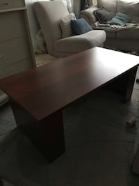 Coffee table with adjustable shelf Edmonton, T5G 1L5