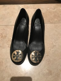Authentic Tory Burch Wedge - size 7 Mississauga, L5M 1E4