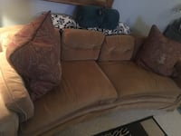 Elegant cozy couch and matching chair for sale! Alexandria, 22311
