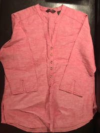 Brand new lady's blouse - size -M . From Eddie Bawer Burnaby, V5H 1Z9