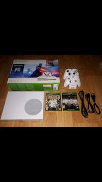 Xbox one 1TB console and accessories