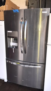 New Frigidaire stainless steel French Doors Refrigerator 36in with 6 warranty