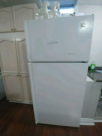 Stove and fridge bundle Brampton, L6S 2C3