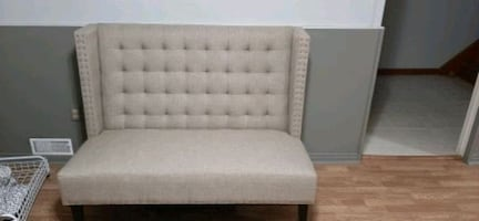Bouclair Tufted Chaise