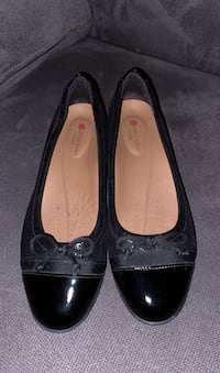 Chaussure - Clarks (size 6)