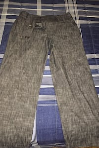 Dress pants for work -from winners size 6 women's  Toronto, M6J 2P6