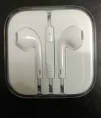 Brand New Apple Headphones  Guelph, N1H