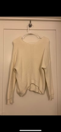Women's beige scoop neck long sleeve shirt, size s Arlington, 22209