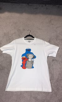 Kaws Uniqlo colab size medium white brand new  Pickering, L1V 7C5