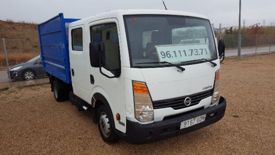 Nissan Cabstar Doble Cabina Volquete 3