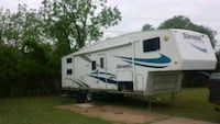 5th wheel RV trailer Maricopa, 85138