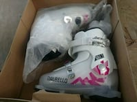 white-and-pink ski boots New never seen the snow. 1900 mi
