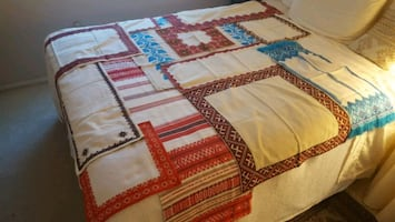 12 Tapestries & Table Covers