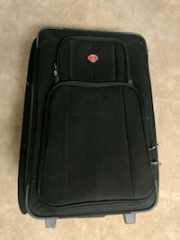 Medium sized luggage  Washington, 20010