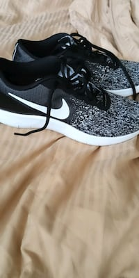 pair of black-and-white Nike sneakers Silver Spring, 20903