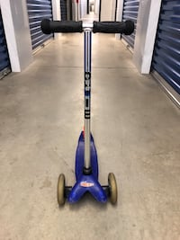 Blue and black Micro scooter Baltimore, 21224
