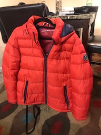 polor tommy hilfiger coat District Heights, 20747