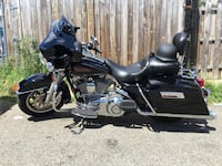 Black and gray touring motorcycle Hyattsville, 20782