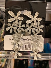 Local handmade new with tag earrings handcrafted art craft Lutherville Timonium, 21093