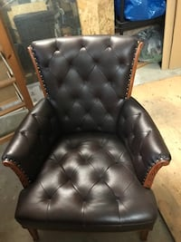 Tufted Brown leather padded sofa chair Oakville, L6L 6J1