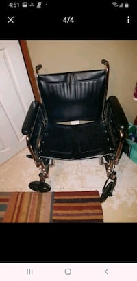 Brezzy ez 2000 HD wheel chair