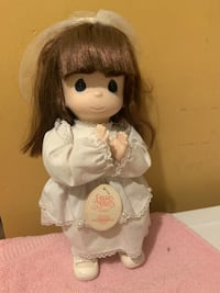 "Precious Moments "" Praying Grace "" 11"" tall  doll Jessup, 20794"