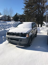 PARTING OUT. 2002 Ford Explorer Greater Sudbury / Grand Sudbury, P3N 1E9