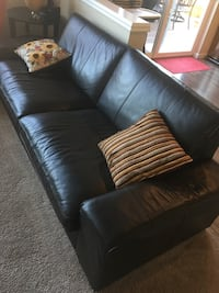 Leather couch Happy Valley, 97089