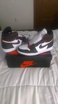 "AIR JORDAN 1 HIGH OG ""BLOODLINE/MEANT TO FLY"""