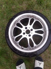 Civic or Acura 4 bolt rims 75% tread left on rubber