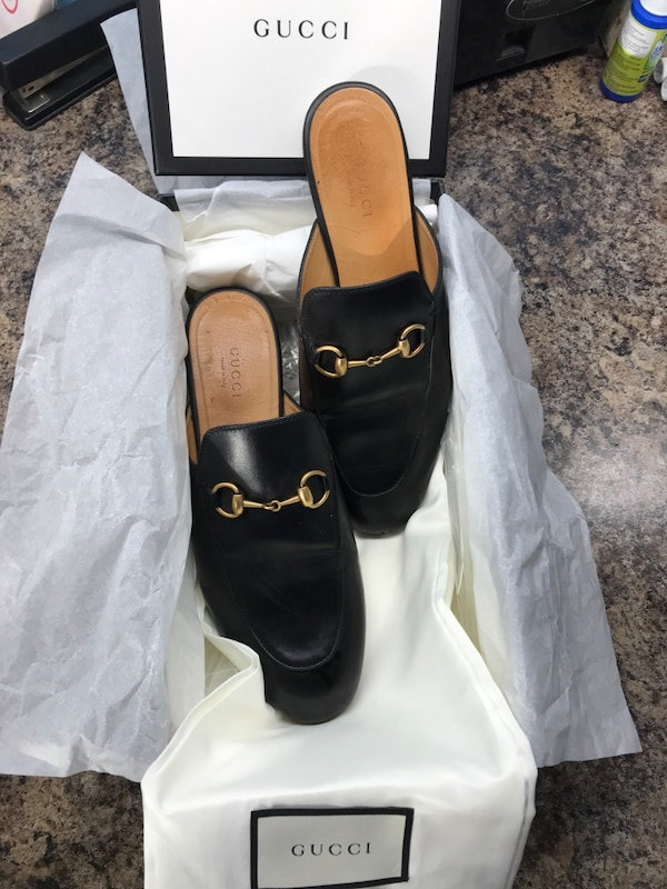 c4d19d7e744 Used Gucci Slides Mules size 7 Women. 100% AUTHENTIC for sale in Los ...
