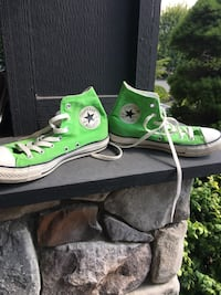 Green converse.  Men's size 6.5 or ladies 7.5. Unisex. Euc.  Swipe for pics   Langford, V9B 0L2