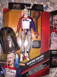 Suicide Squad Harley Quinn action figure with box
