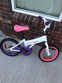 Bike for girl good condition  Burnaby, V5H 1K5