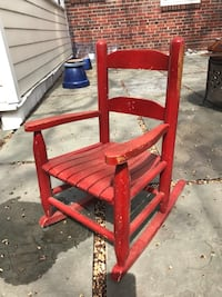 Red and brown wooden rocking chair for child Kensington, 20895