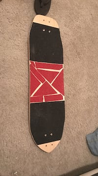 Longboard deck with vicious grip tape
