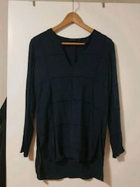 Massimo Dutti ladies blue shirt size 4 Toronto, M5J 1V6