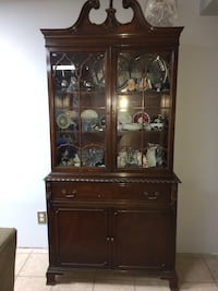 Antique Chippendale dining set table, 6 chairs, china cabinet and buffet Make me an offer! Milwaukee, 53222