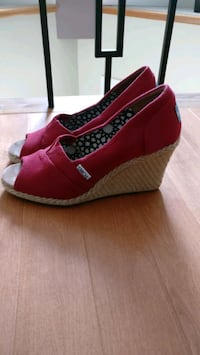 Tom's Ladies Wedges Sz 7 Vaughan, L4J 8H6