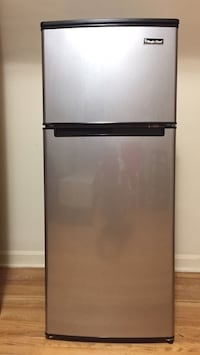 Magic Chef refrigerator 4.4 cu Glen Burnie, 21061