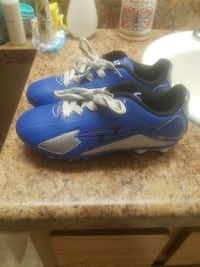 blue-and-gray cleats Indio, 92201