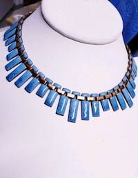 """BEAUTIFUL VINTAGE 1940'S TURQUOISE EMERALD NECKLACE """"NICE"""" Queens, 11101"""