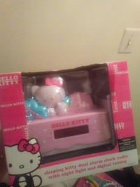 Hello kitty dual alarm clock radio Manassas, 20109
