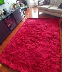 New Red rug 2mX3m  Mississauga, L5B 3Y2