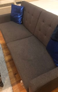 GREAT COUCH 35$!! TURNS INTO FUTON