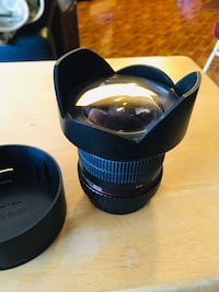 Ultra Wide Angle Lens - Canon EF