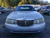Lincoln - Town Car - 2001 Bowie, 20715