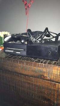 Black Xbox 1 with 1 remote  Silver Spring, 20903